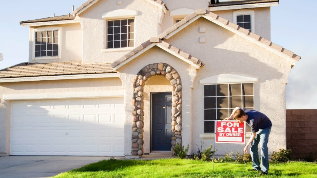 Though it can be a lot of upfront work and require a lot of capital, real estate can still be a good investment for you right now thanks to significant upsides.