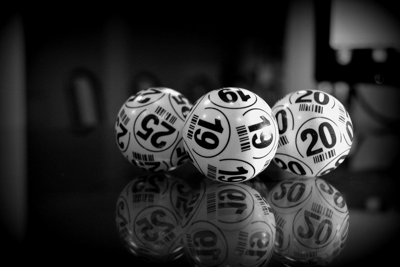 How to Pick Winning Lottery Numbers: A Short Guide